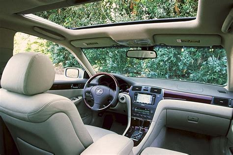 2004 lexus es330 interior 2002 06 lexus es 300 es 330 consumer guide auto