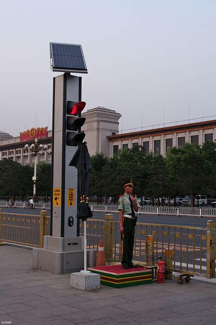 solar powered traffic lights solar traffic light