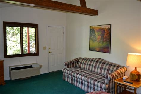 mt view room rates mountain view guest room boundary waters resort