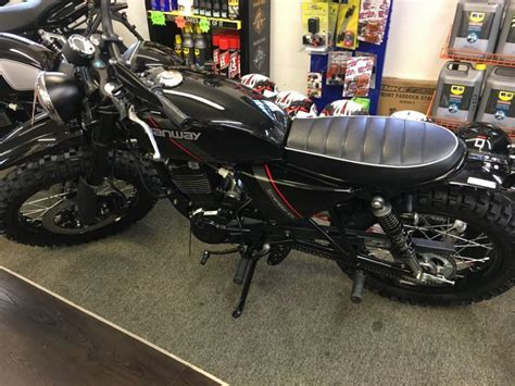 Motorcycle Dealers Bedfordshire by Craven Motorcycles Motorbike Repair Company In Bedford Uk