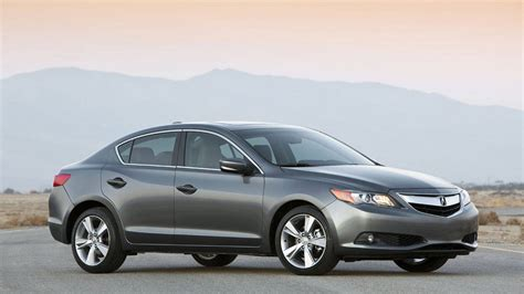 difference between acura ilx and tsx 2013 acura ilx photos specs price and review