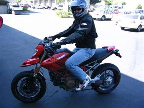 most comfortable motorcycle for tall riders best 1000cc sportbike for tall riders bicycling and the