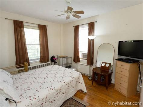 1 bedroom apartments queens ny new york roommate room for rent in woodside queens 1
