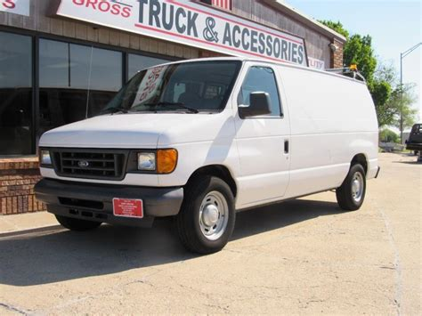 how do cars engines work 2005 ford e250 spare parts catalogs ford econoline cargo van 2005 cars for sale
