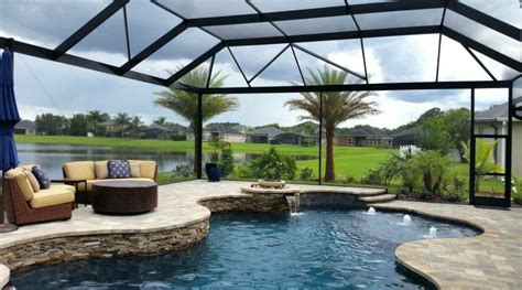 love  extra large screen screened pool pools
