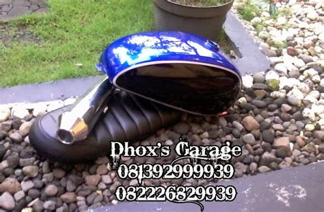 Jok Custom Japstyle Coklat Polos Panjang Tangki Knalpot Kustom Triumph Polos And Blue