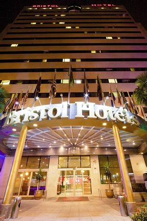 bristol airport bureau de change bristol international airport hotel updated 2017 reviews