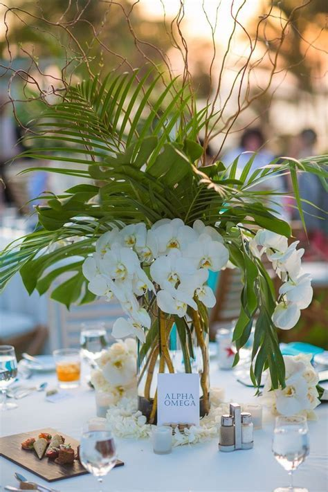 25  best ideas about Tropical centerpieces on Pinterest