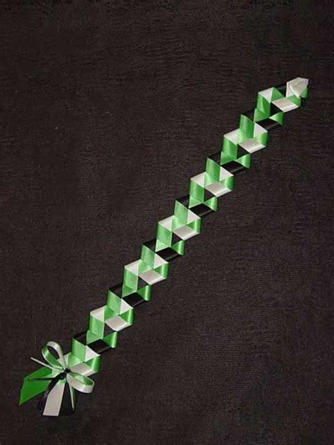 box braid homecoming mum tutorial diamondback braid homecoming mum ideas pinterest