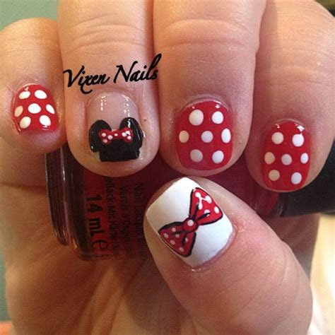 tutorial nail art minnie minnie mouse nail art nail art pinterest