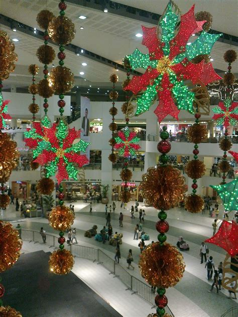 scant christmas decorations in shopping malls before the