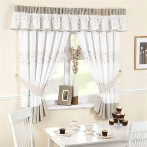 Kitchen Curtains Pictures Textilewise Curtains In Edinburgh Bedding Roller Blinds Curtain Accessories