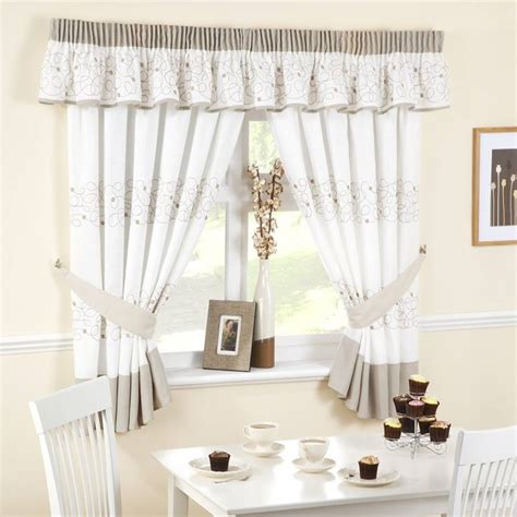 Curtain Valances For Kitchens Textilewise Curtains In Edinburgh Bedding Roller Blinds Curtain Accessories