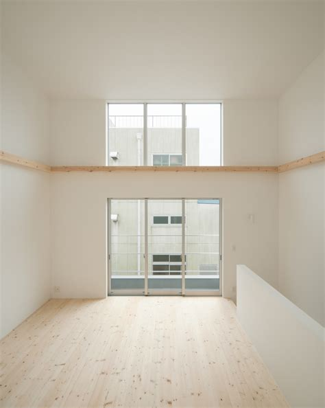 minimalist japanese residence enhancing a narrow site house fin homesthetics inspiring