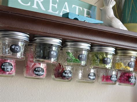 things to put into room 101 101 things to do with a jar crafts and diys