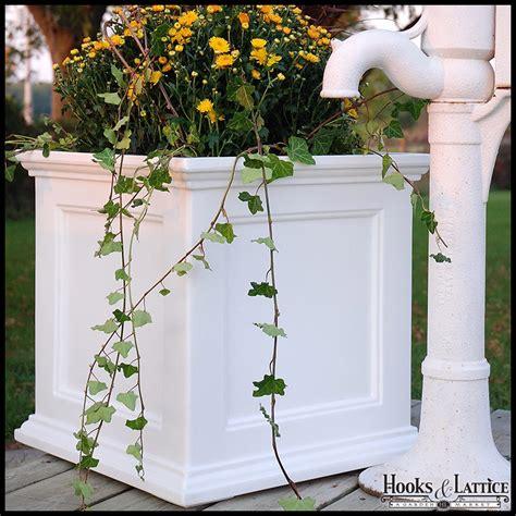 prestige 20x20 patio planter white