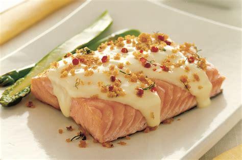 cucinare il salmone a tranci trancio di salmone al pepe rosa light