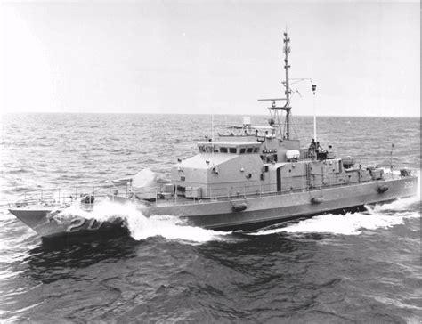boat service ipswich hmas ipswich ii royal australian navy