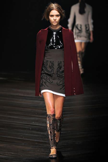 Fashion Week Fall 2007 Marios Schwab by Yvl 2355 450x675 Stylecab