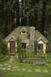 Thecottage In Fairytale Abodes 15 Tiny Storybook Cottages Webecoist