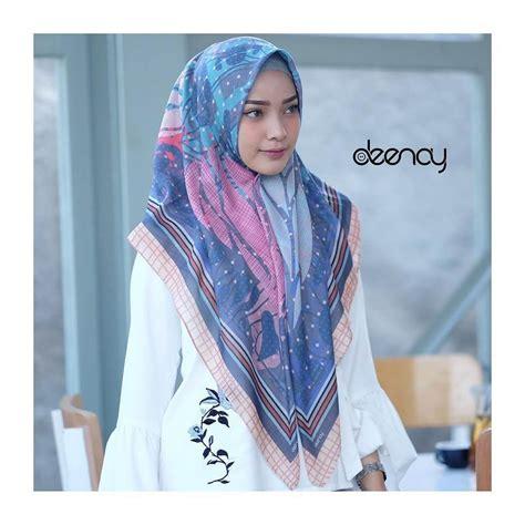 Jilbab Segi Empat Voal Printing Jilbab Segi Empat Deenay Original Jalwa