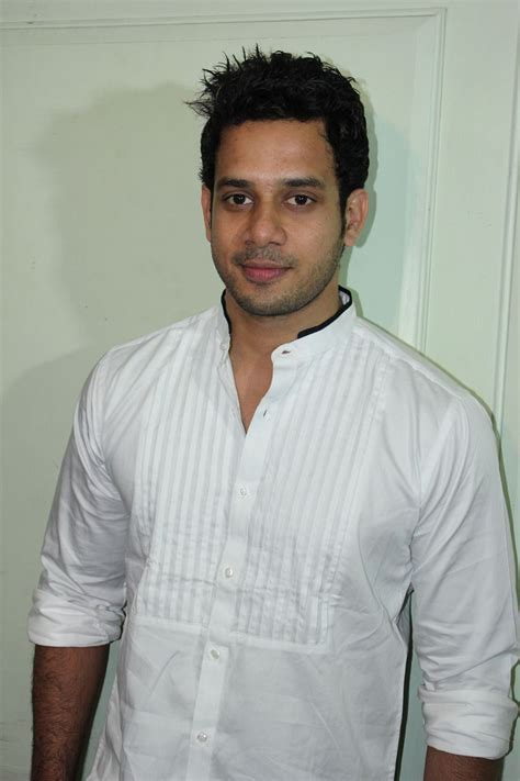 actor bharath latest news bharath press meet stills desistarz