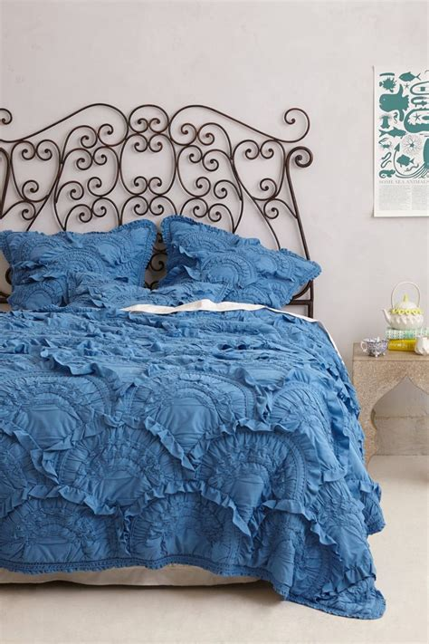 anthropologie bedding rivulets quilt quilt cotton and mint