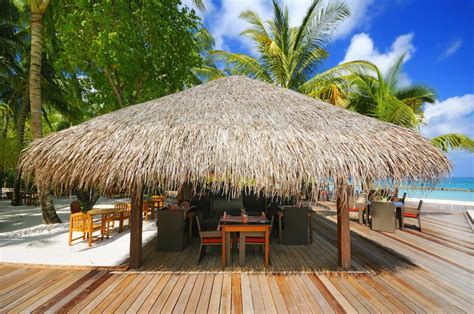How To Build A Tiki Hut Roof by Buy Thatching For Diy Tiki Huts And Tiki Bars Endureed