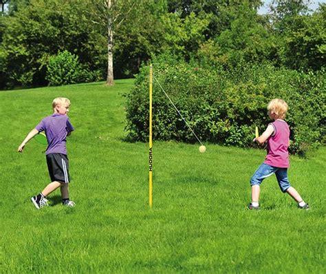 swinging balls game swing ball game