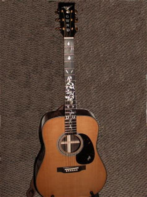inlay innovations: resized guitar – neutral bkgd