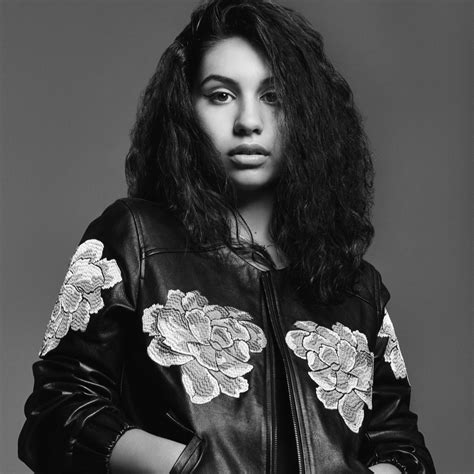 here clean alessia cara alessia cara quot here quot singer makes her debut singers
