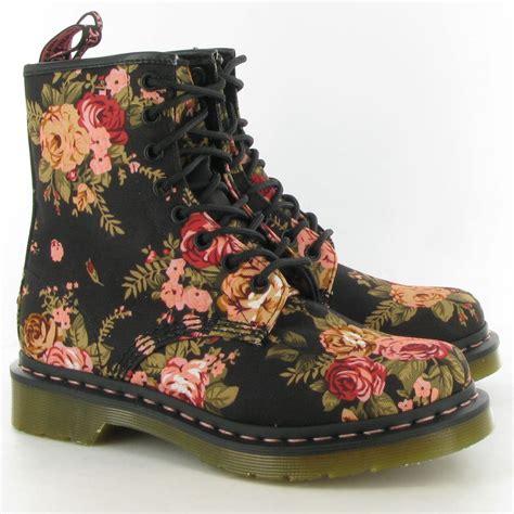 doc martens floral black pink canvas combat boots size 8us