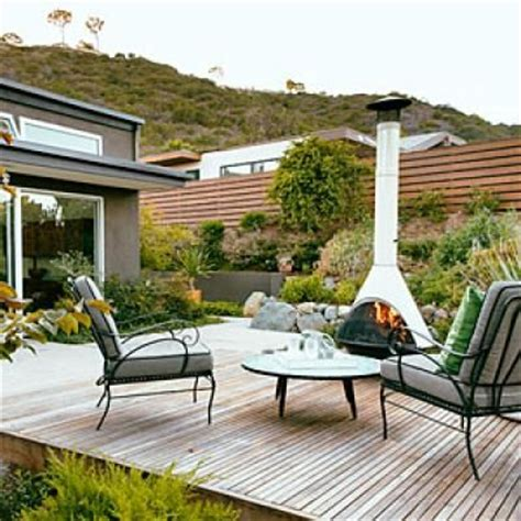 California Backyard Patio by Stunning Mid Century Modern Makeover California Backyard And Backyard