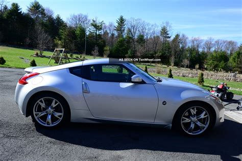 2011 Nissan 370z by 2011 Nissan 370z Base Coupe 2 Door 3 7l