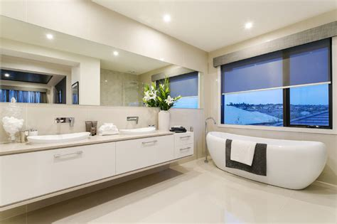Display Home Bathroom by Display Home Sovereign 50