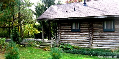 eight secluded cabins travel wisconsin