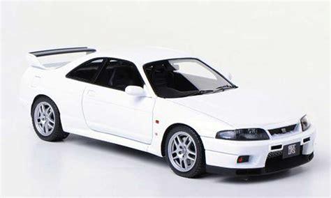 Ebbro Nissan Skyline Gt R R34 Daishin N1 nissan skyline r33 gt r v spec n1 r33 blanco rhd hpi