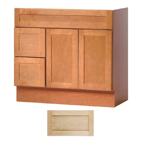 Bathroom Vanity Maple Shop Insignia Crest Maple Transitional Bathroom Vanity Common 36 In X 21 In Actual