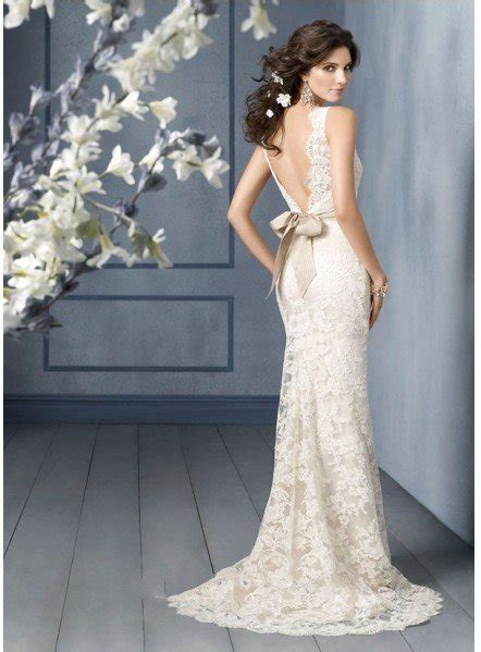 Low back strapless bras for wedding dresses   All women