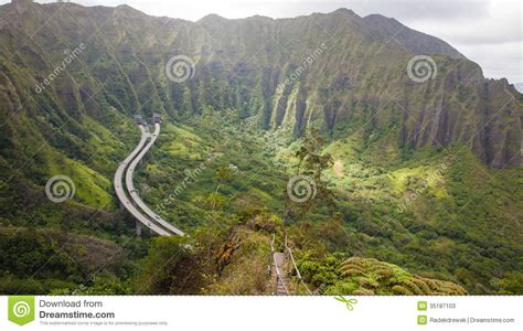 kaos stairway to heaven oceanseven haiku stairs hawaii stock photos image 35187103