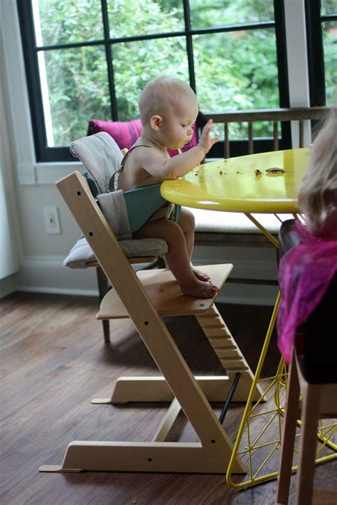 ab wann baby in tripp trapp stokke tripp trapp high chair amazing ergonomics for