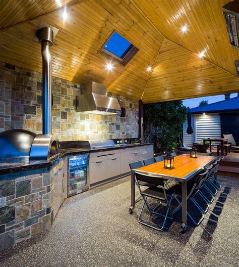 fascinating outdoor luxury kitchen design ideas