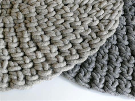 weißer runder teppich teppich rund wolle finest berber u wolle with teppich