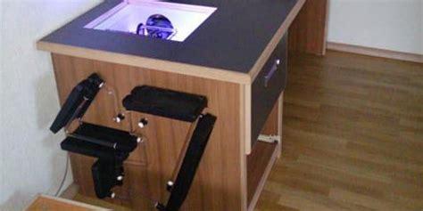 pc schublade pc desk no 47 ein tisch mit beleuchteter pc schublade