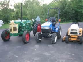 file farm tractor vs cut vs garden tractor jpg wikimedia