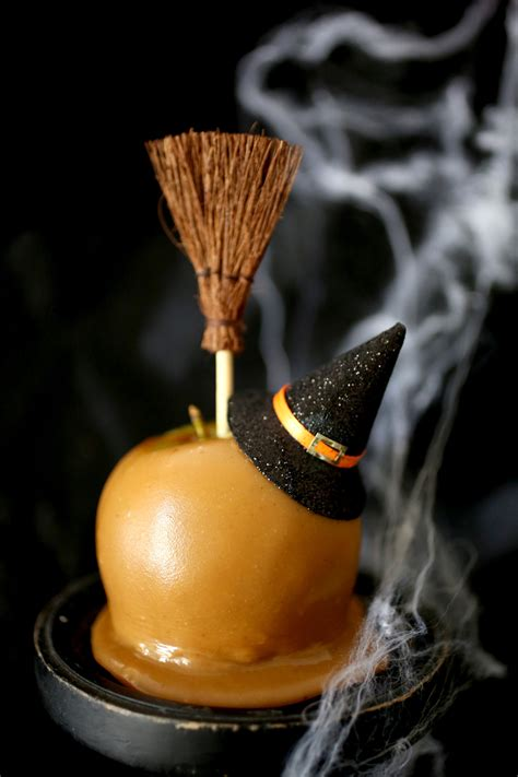 scary caramel apples evite