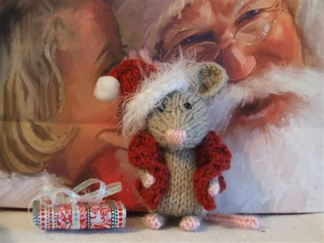 knitting pattern christmas mouse 17 best images about knitted mice on pinterest toys