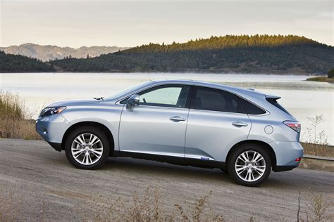 lexus canada lexus rx 450h hybrid picked as a winner by canadian
