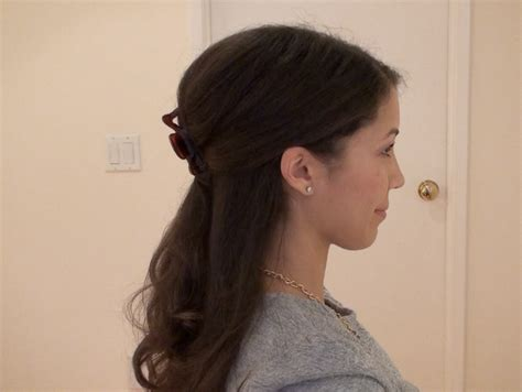 claw hairclip hairstyles the daily connoisseur chic hair claw updo tutorial