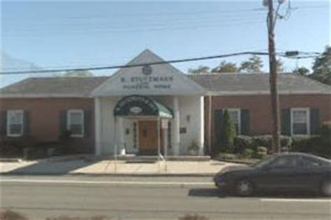 r stutzmann funeral home new hyde park new york